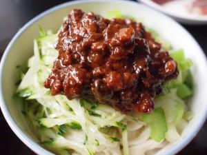 一般家庭の自家製ジャージャー麺